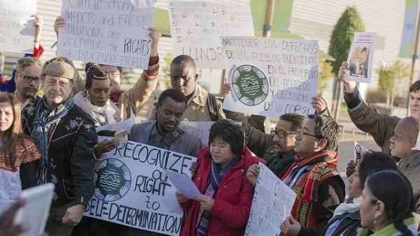 United Nations - International indian Treaty Council (Flickr) - ilmastoneuvottelut Pariisissa tuovat kymmenet tuhannet ihmiset yhteen